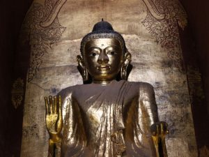 bagan-gold-buddha